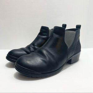 KEEN   Morrison Chelsea Shoe